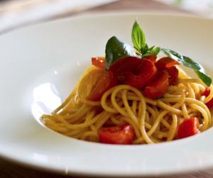 spaghetti al doppio pomodoro
