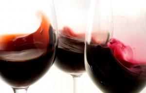 vino_rosso_bicchieri